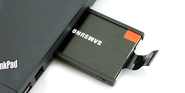 how to open lenovo flex 2 cd drive
